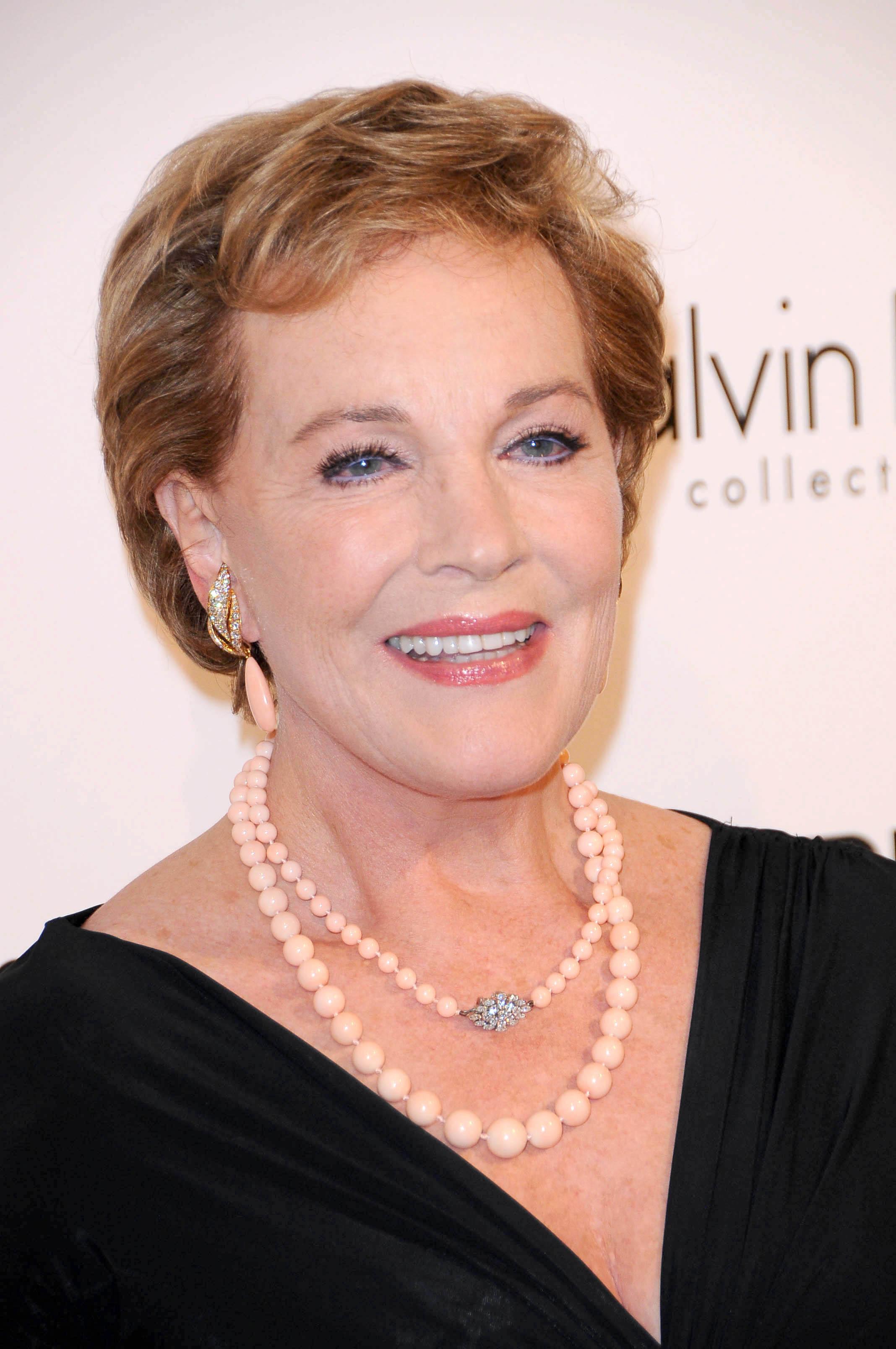 File:Julie Andrews.jpg