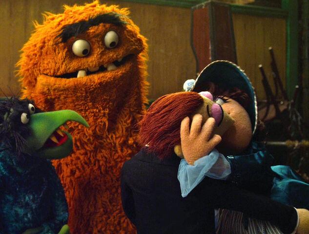 File:TheMuppets-(2011)-Wayne&Wanda-Kiss.jpg