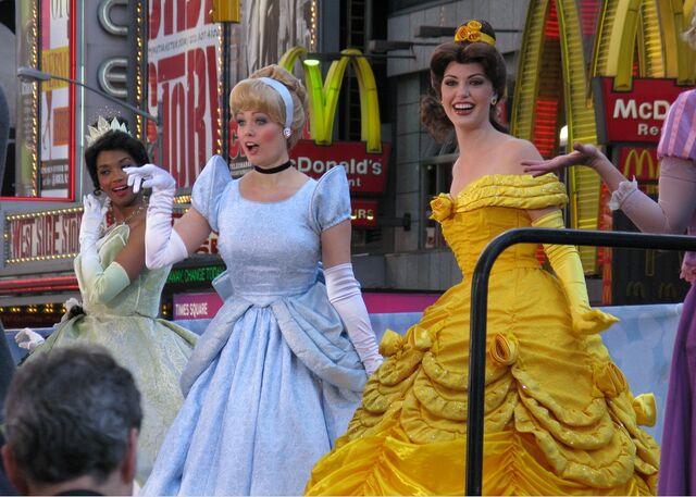 File:Princessliveaction.jpg