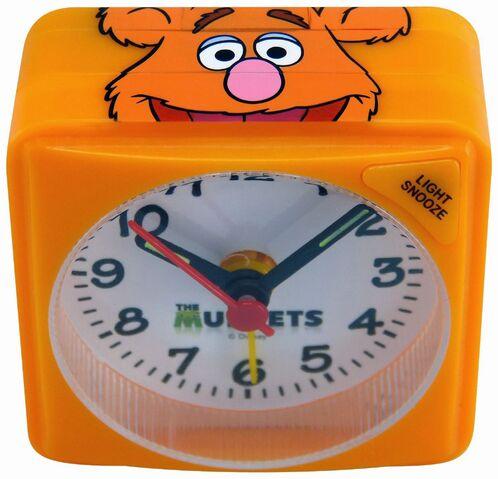 File:Technoline Muppets - Fozzie Bear Children's Alarm Clock-01.jpg