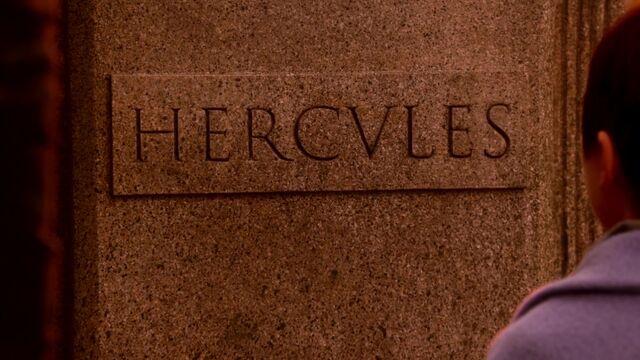 File:Hercules Grave Ouat.jpg