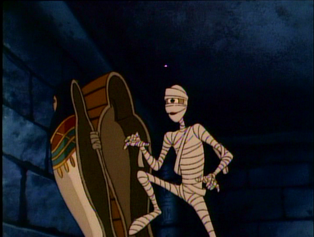 File:Hiram-Throw Mummy from the Train02.png