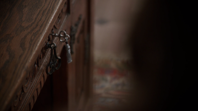 File:Once Upon a Time - 5x19 - Sisters - Key.png