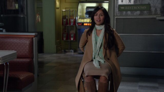 File:Once Upon a Time - 6x10 - Wish You Were Here - Kidnapped Jasmine.jpg