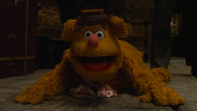 File:MMW extended cut 1.30.00 Fozzie Bear rug.png