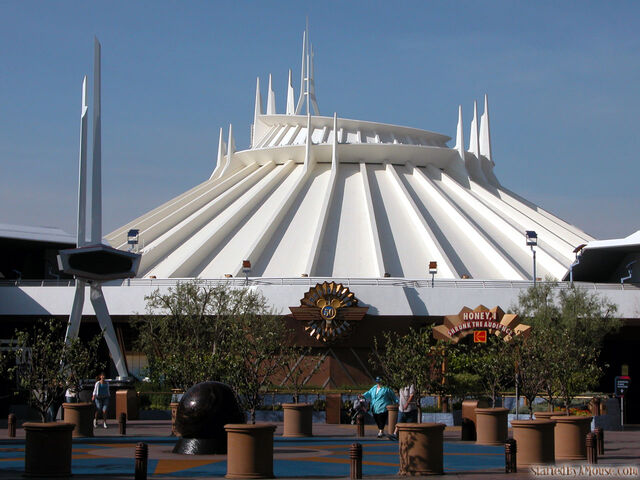 File:SpaceMountain1280.jpg
