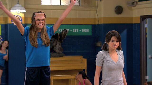 File:Wizards of Waverly Place - 3x01 - Franken Girl - Alex and Franken Girl Cheerleading.jpg