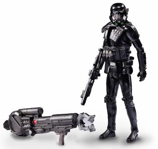 File:Hasbro-2016-New-York-Comic-Con-Death Trooper.jpg