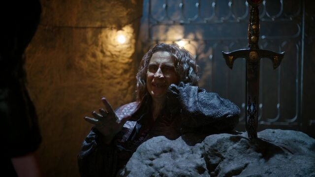 File:Once Upon a Time - 5x03 - Siege Perilous - Taunting.jpg