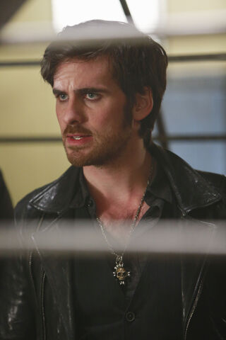 File:Once Upon a Time - 5x22 - Only You - Released Images - Hook.jpg