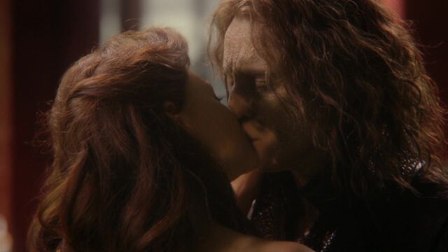 File:Once Upon a Time - 6x01 - The Savior - Belle Rumplestiltskin Kiss.jpg
