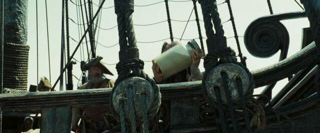 File:Pirates2-disneyscreencaps.com-14350.jpg