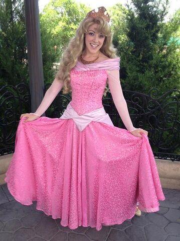 File:Aurora Disney Parks.jpg