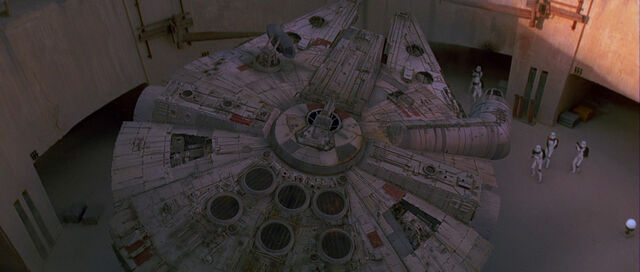 File:Star-wars4-movie-screencaps.com-6427.jpg