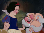 Snow-white-disneyscreencaps.com-9552