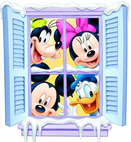 File:Mickey Goofy Donald Minnie Christmas Window.jpg