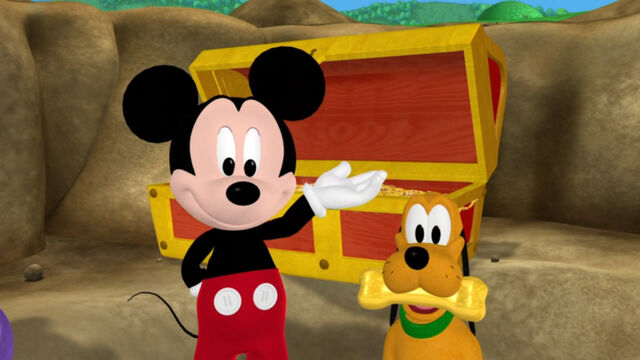 File:Mickey and pluto with a golden bone.jpg