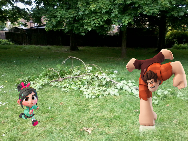 File:Vanellope & Ralph broke the bough.png
