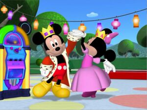 MMC-MinniesMasquerade-Prince Mickey and Princess Minnie