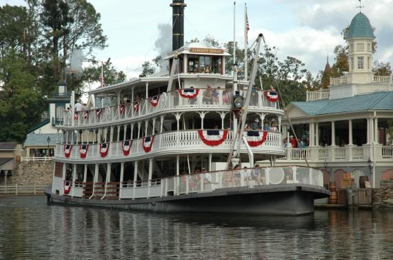 File:Liberty Belle Riverboat (MK).jpeg
