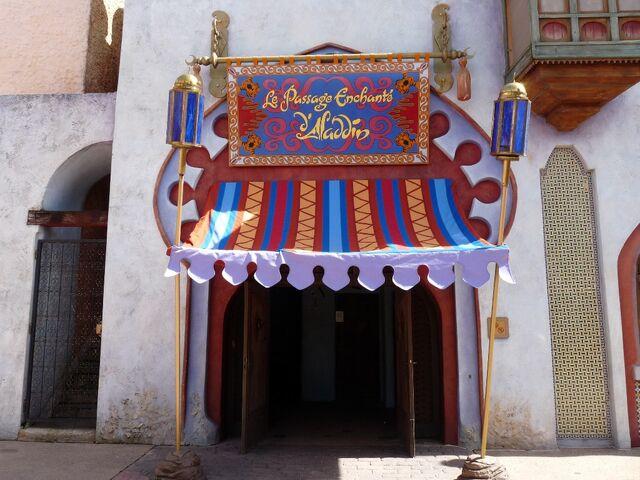 File:Le Passage Enchanté d'Aladdin (DLP).jpg