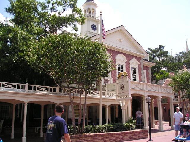File:The Hall of Presidents Magic Kingdom.jpg