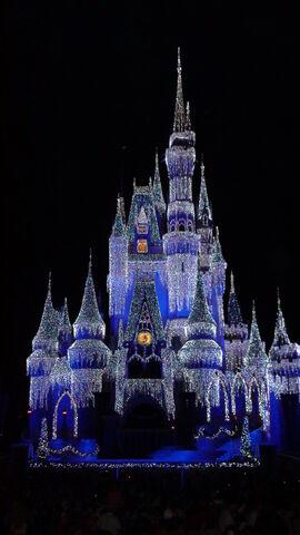 File:Wishes Nighttime Spectacular Finale (Magic Kingdom).jpg