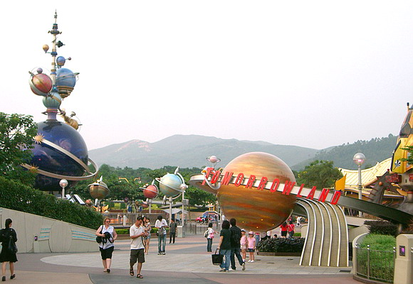 File:Tomorrowland Hong Kong Disneyland.jpg
