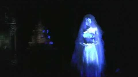 The Haunted Mansion - Ride-through - Magic Kingdom - Walt Disney World
