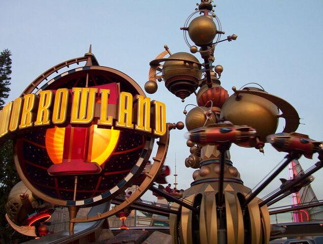 File:Entrance to Tomorrowland Disneyland Park.jpg