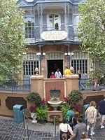 150px-Disneyland-POTC entrance
