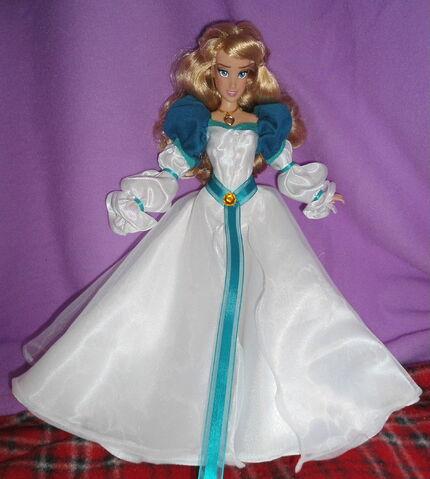 File:Odette doll.jpg