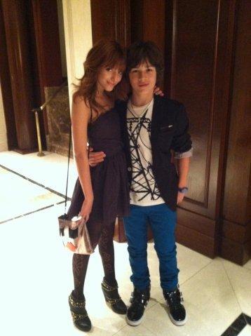 File:Leo and bella 4.jpg