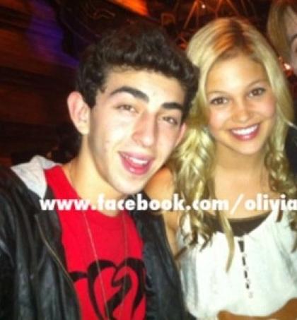 File:Mateo and olivia.jpg