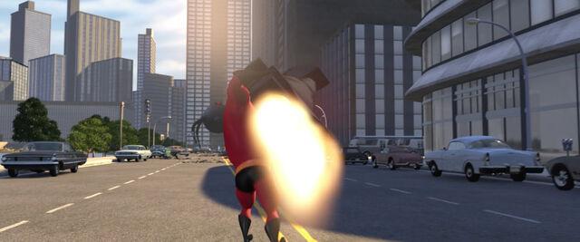File:Incredibles-disneyscreencaps com-11972.jpg