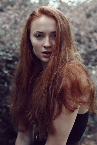 File:676762-sophie turner 10.jpg