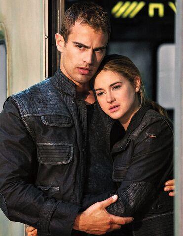 File:Divergent fourtris124.jpg