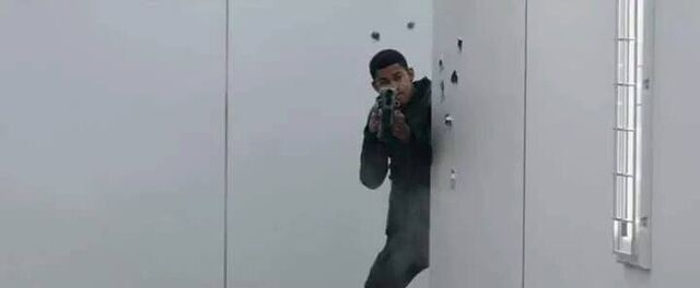File:Uriah Shooting at Erudite .jpg