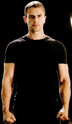 Image - Tobias Eaton perfil Insurgente.png   Wiki ...