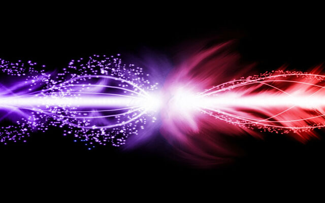 File:Purple and red lightening effects-1680x1050.jpg