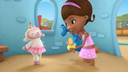 Doc McStuffins - S01E21 - To Squeak, or Not to Squeak 27