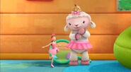 Lambie and dress up daisy3
