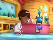 Loretta-Devine-Hallie-the-Hippo