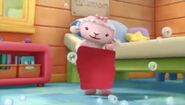 Lambie red towel