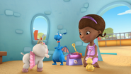 Doc McStuffins - S01E21 - To Squeak, or Not to Squeak 7