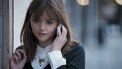 Clara téléphone Onze