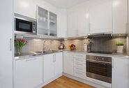 Small-apartment-kitchen-decorating-ideas