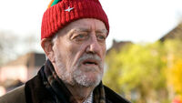 BBC-Doctor-Who-The-End-Of-Time-Wilfred-Mott-Bernard-Cribbins-WK-53-Dec09-5