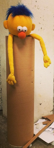 File:Yellow Guy in tube.png