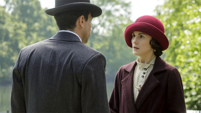 File:Downton-Abbey-5-4-Mary-2 (1).jpg
